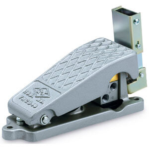 XT34-60/67, Foot Pedal Type