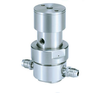 AP15PA, Pneumatic Actuation Pressure Regulator, Low Flow (Tied-diaphragm)